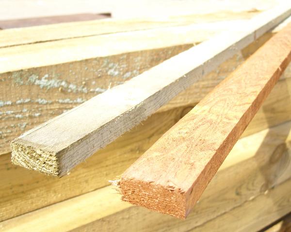 Panel Repair Batten 1.83m 38x19 Golden Brown