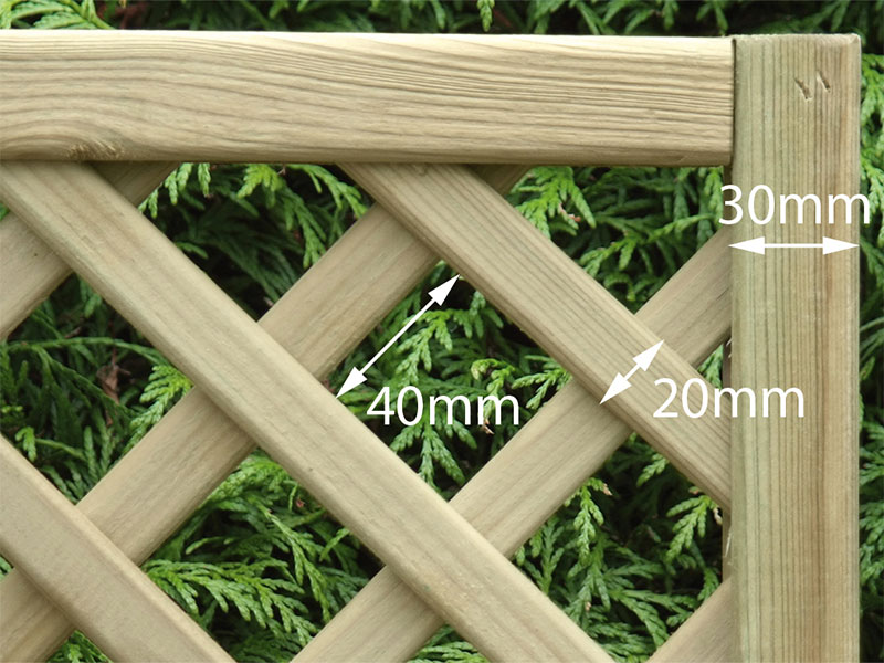 Diamond Lattice Square 0.30m x 1.83m Pressure Treated Green_1