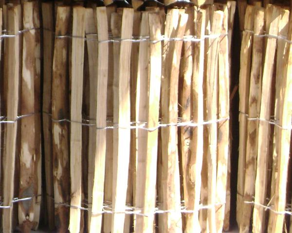Chestnut Paling Roll 4.57m x 1.37m