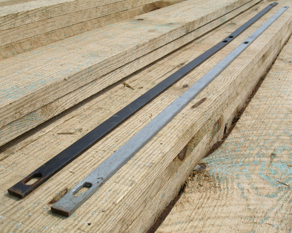 0.9m Stretcher Bar Black