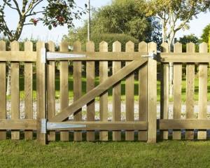 Newbury Palisade Gate